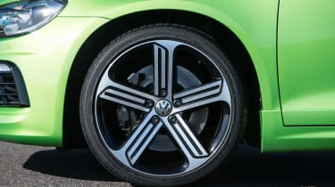 Volkswagen Scirocco R - wheels