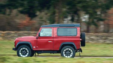 Land Rover Defender Works V8 – side
