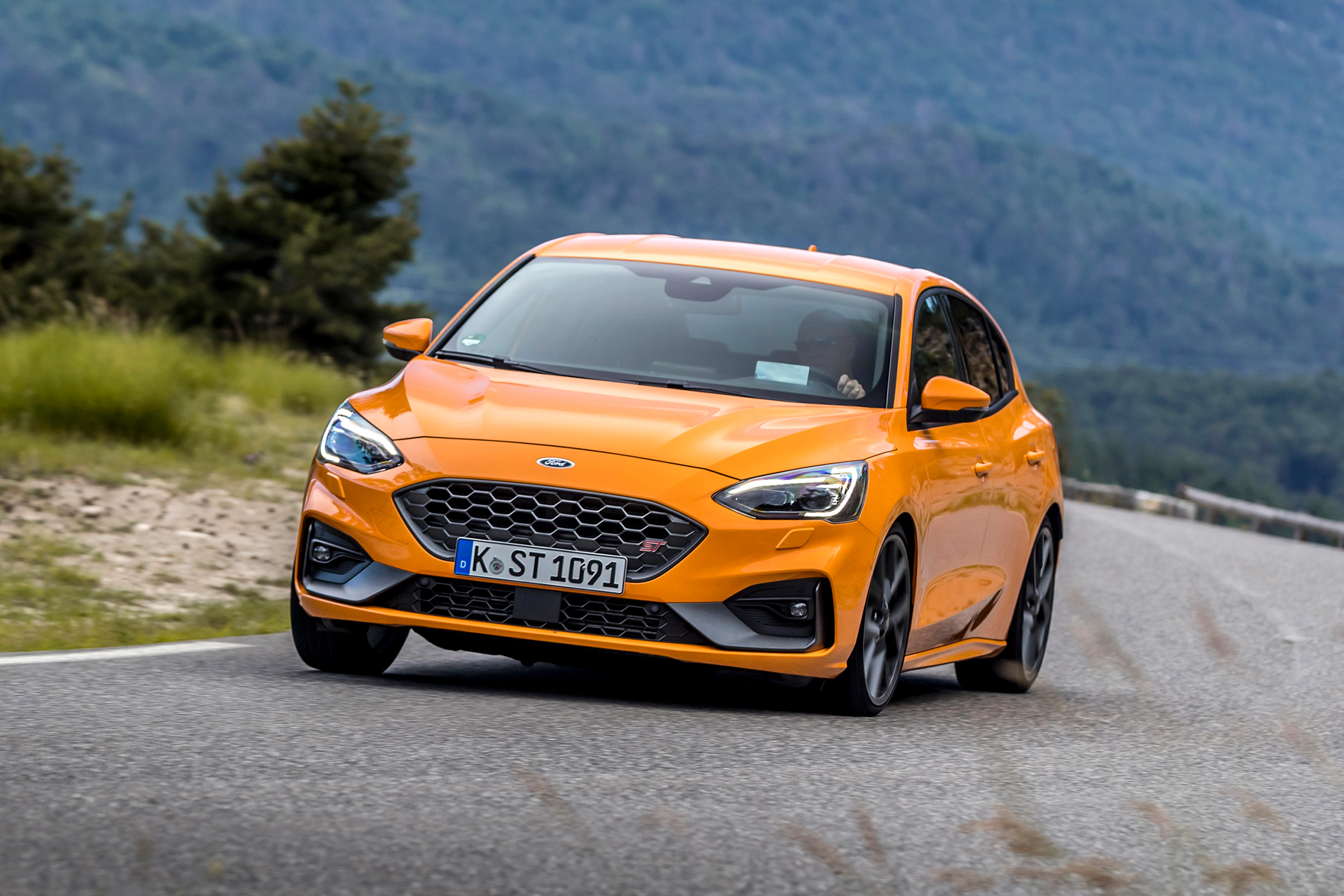 Ford Focus St Review Can It Stand Up To The Hyundai I30 N Evo