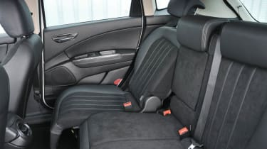 Chrysler Delta 1.4 MultiAir seats