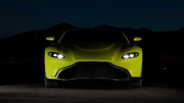 evo exclusive Aston Martin Vantage - green front