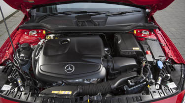 Mercedes GLA250 AMG engine