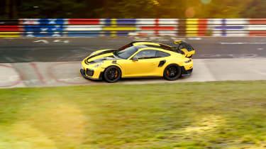 Porsche 911 GT2 RS – Lars Kern Nurburgring record