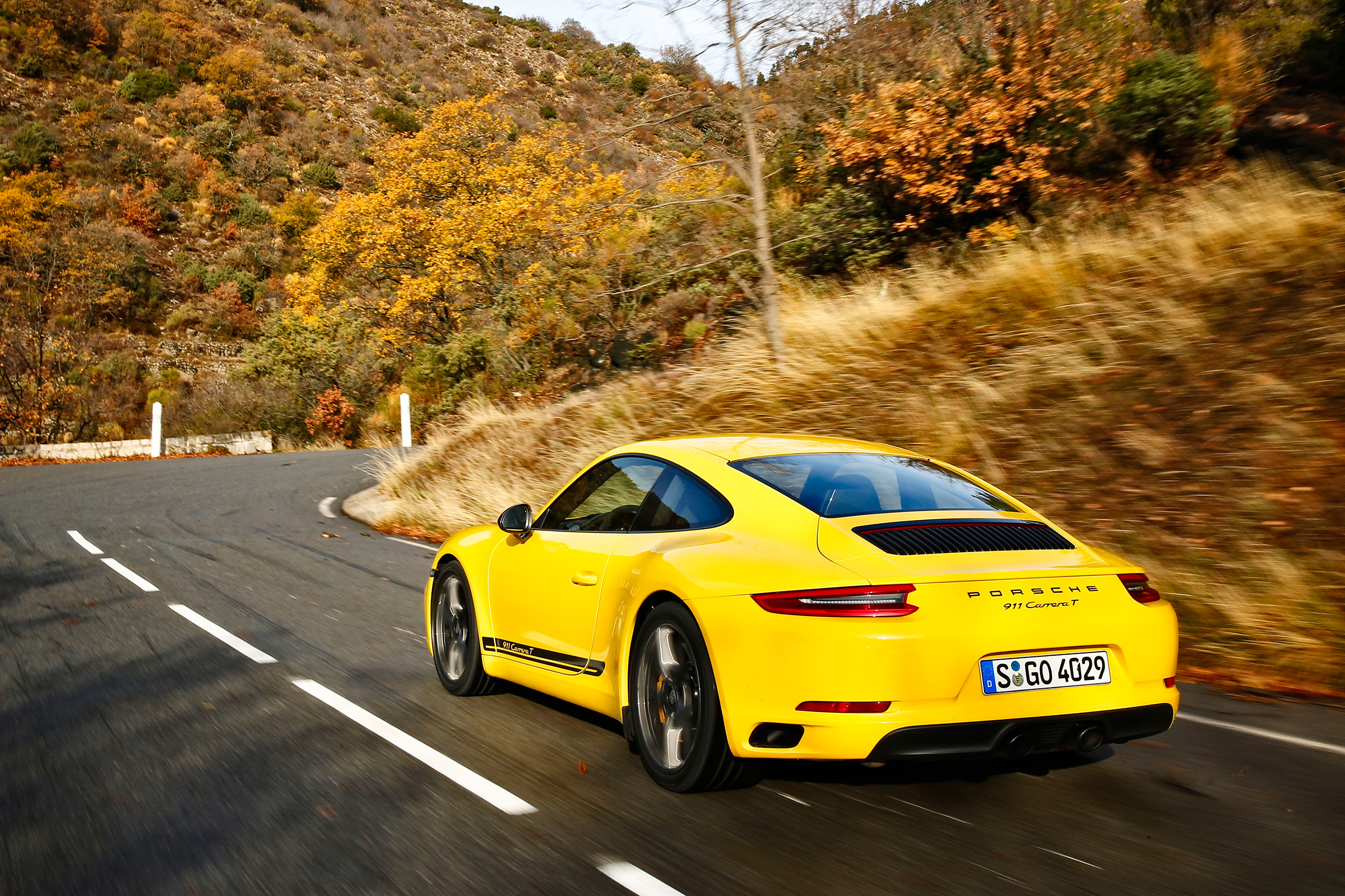 9912 Porsche 911 Carrera T Review Is This The More Driver
