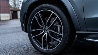 Mercedes GLS400d UK drive - wheels