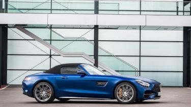 Mercedes-AMG GT C side