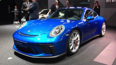Porsche 911 GT3 Touring front