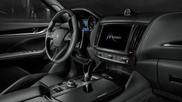 MY18 Maserati Levante S - interior GS
