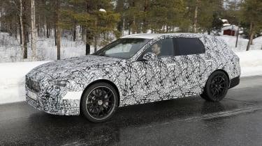 Mercedes-AMG C63 Estate 2021 spy - side