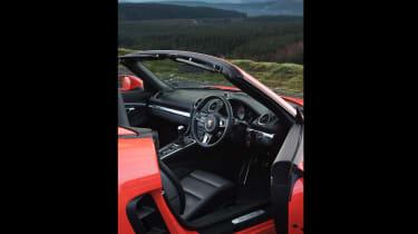Porsche 718 Boxster S - interior