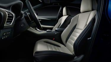 Lexus NX300 - studio interior1