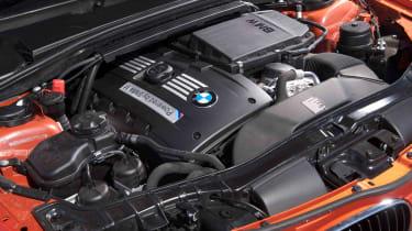 BMW 1M review twin-turbo engine