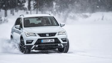 SEAT Ateca snow action