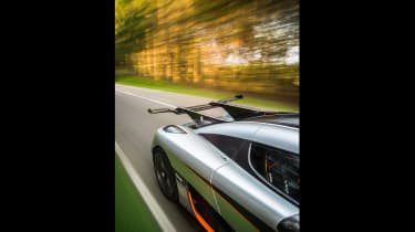 Koenigsegg One:1 - wing