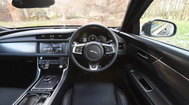 Jaguar XF S Sportbrake - interior