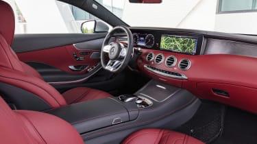 Mercedes S 560 coupe - interior