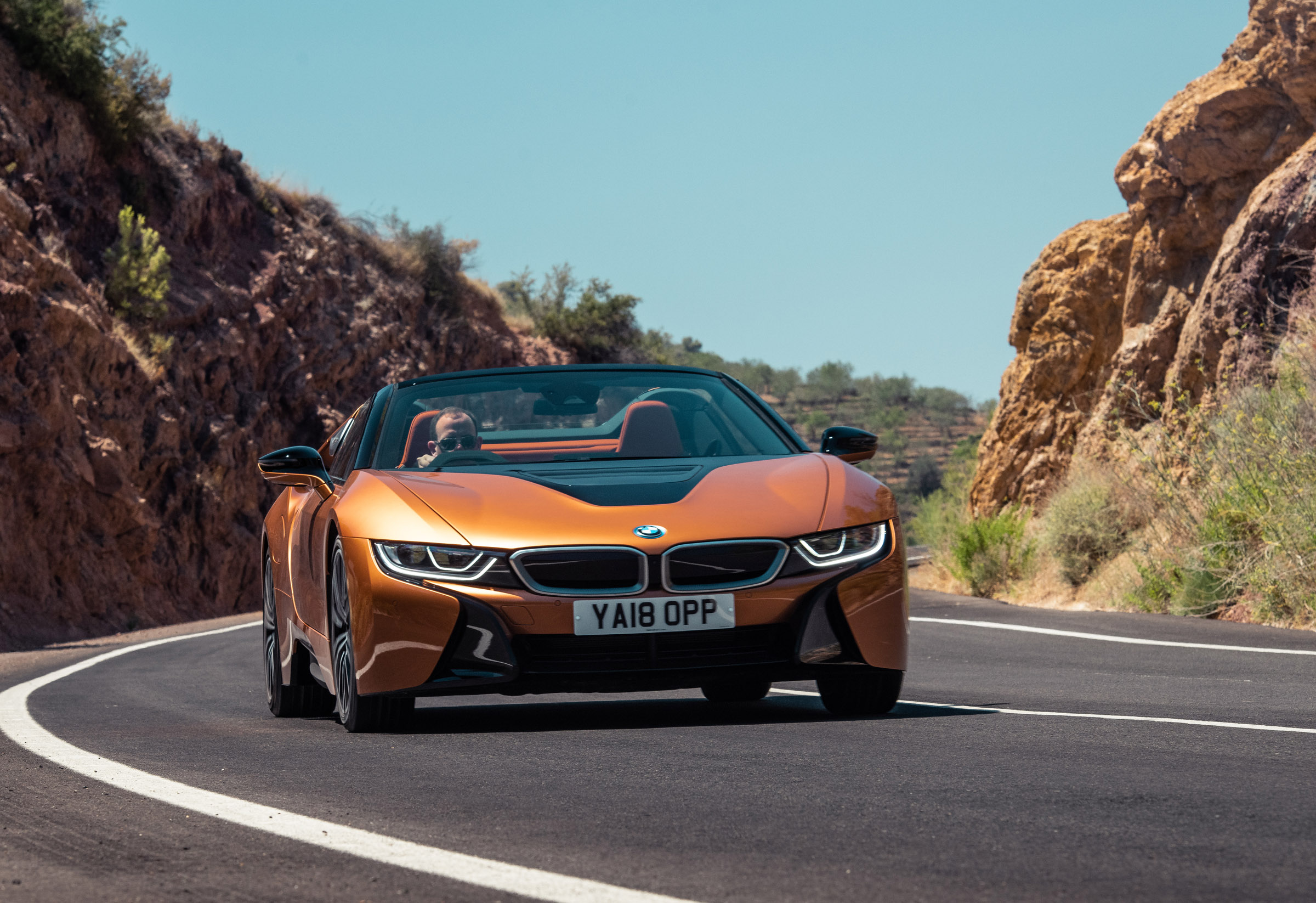 Bmw I8 Roadster Review New Open Top Hybrid Sports Car Evo