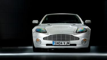 Aston Martin V12 Vanquish front