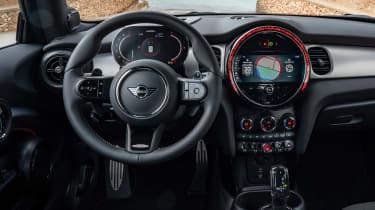 2021 Mini JCW revealed - dash