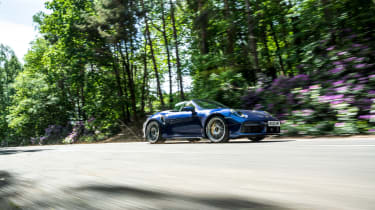 Porsche 911 Turbo S Cabriolet – front low tracking