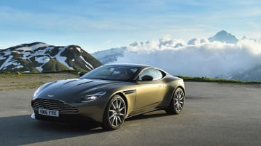 Aston Martin DB11 roadtrip - front static