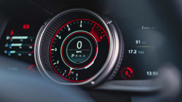 Roma GT test –DB11 dial