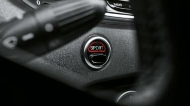 Abarth 595 MY19 update - sport button