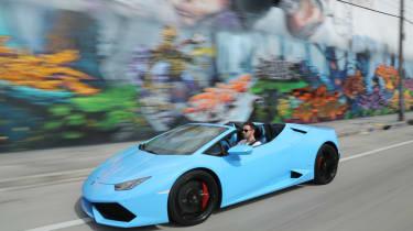 Lamborghini Huracan Spyder - front three quarter