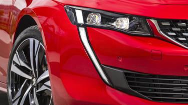Peugeot 508 GT - lights