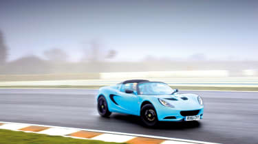 Lotus Elise S3 Club Racer drifting on track