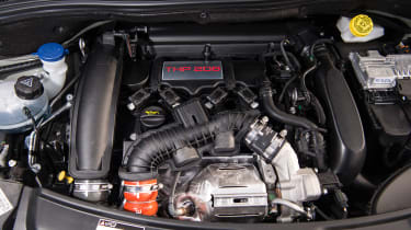 eCoty Peugeot 208 GTI by PS - engine