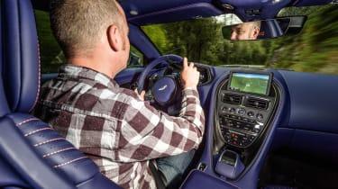 Aston Martin DB11 V8 - JD