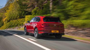 Bentley Bentayga S – rear quarter tracking