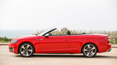 Audi S5 Cabriolet - side roof down