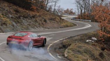 Aston Martin V12 Vanquish drift