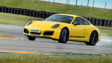 Future icons Carrera T drift