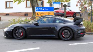 Next-generation Porsche 911 GT3 prototype - side