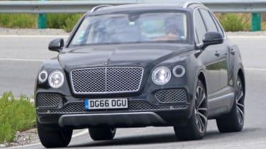 Bentley Bentayga PHEV – front