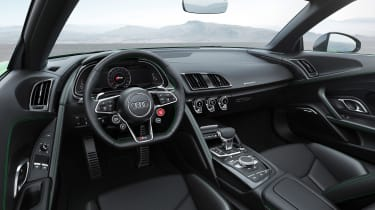 Audi R8 Plus Spyder - dash
