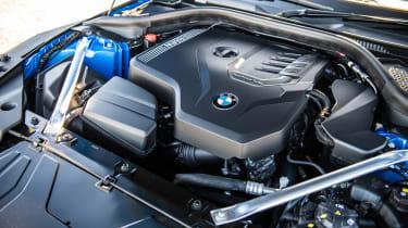 BMW Z4 20i - engine
