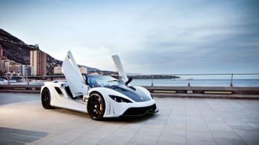 Tushek Renovatio T500 supercar gathering speed