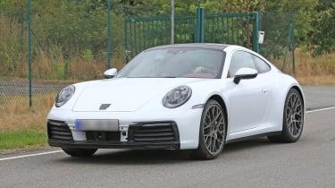 992 Porsche 911 spied - front