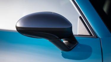 Porsche 718 Cayman T review - mirror