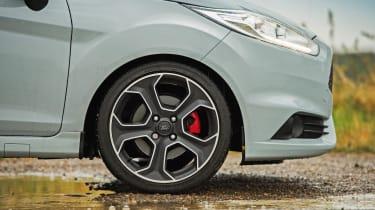 Clio Trophy interior driving - wheels