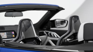 BMW M4 Competition Convertible –seats