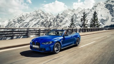 BMW M4 Competition Convertible –front tracking 3