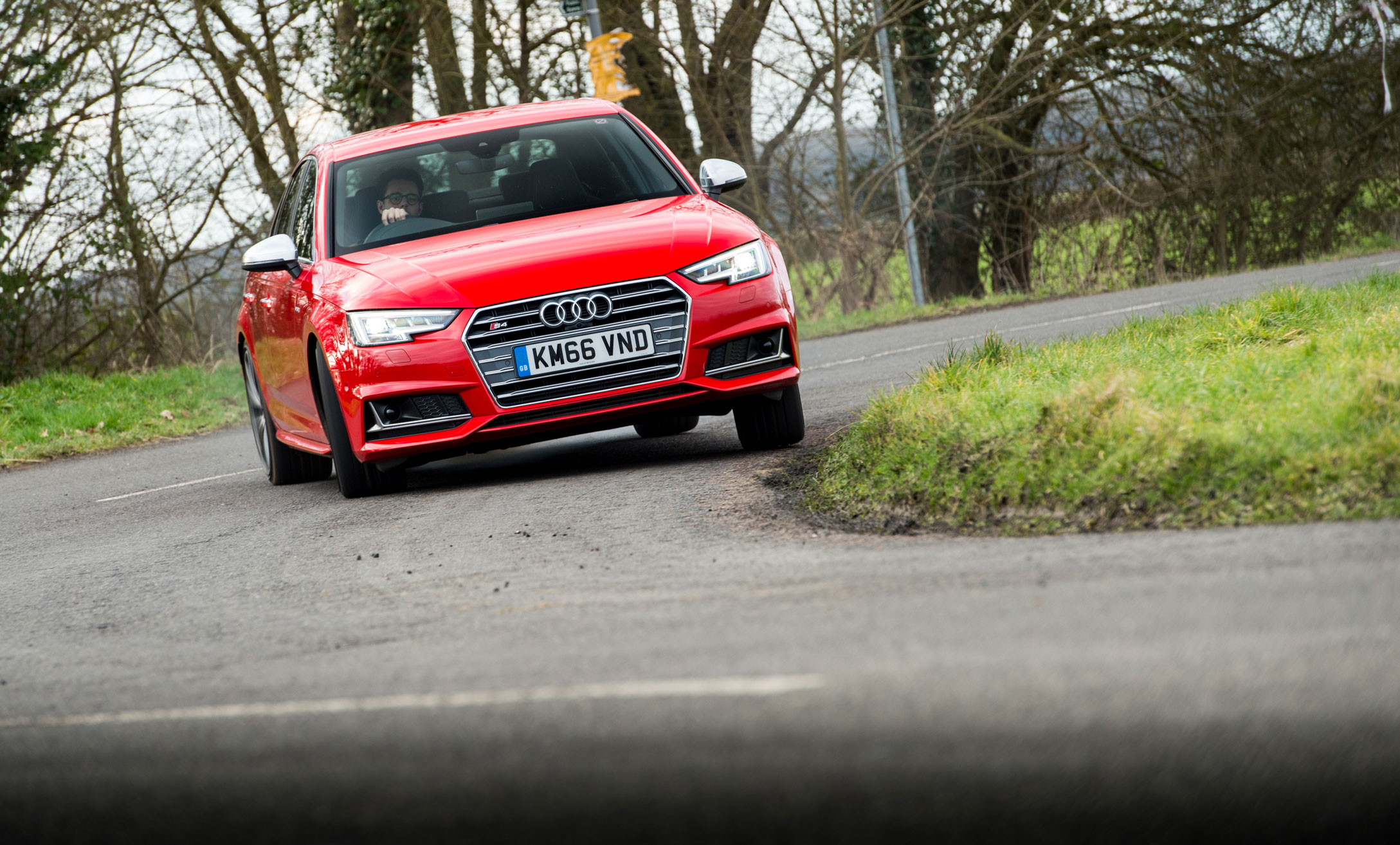 Audi S4 v Mercedes-AMG C43 - Which is the better sports