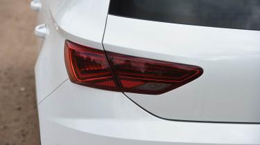 SEAT Leon - 2017 tail lights