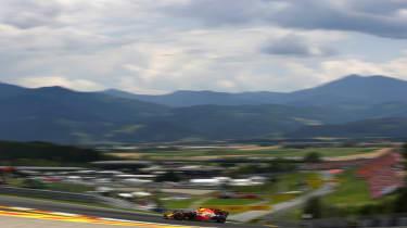 Formula One Round 9 AUT - RB 2