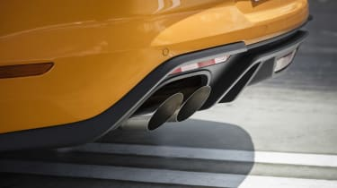 Ford Mustang GT - exhausts